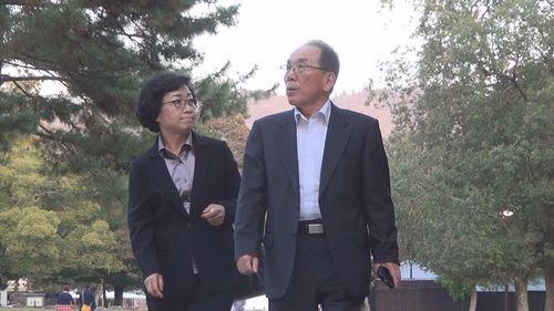 「かけはし」ご両親宣材用お写真(1).jpg